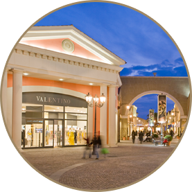 Tour Romano In Shopping Macchina Di Outlet Lusso Castel wOvm0P8nyN